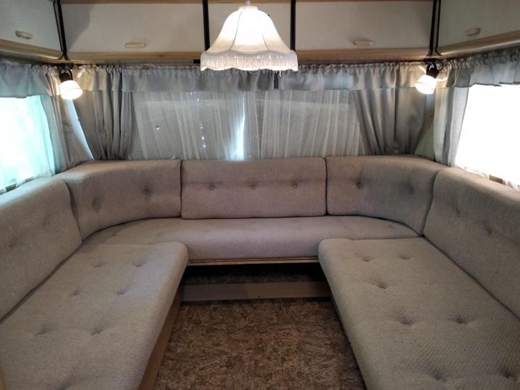 Caravane-2-4-camping-drome-2