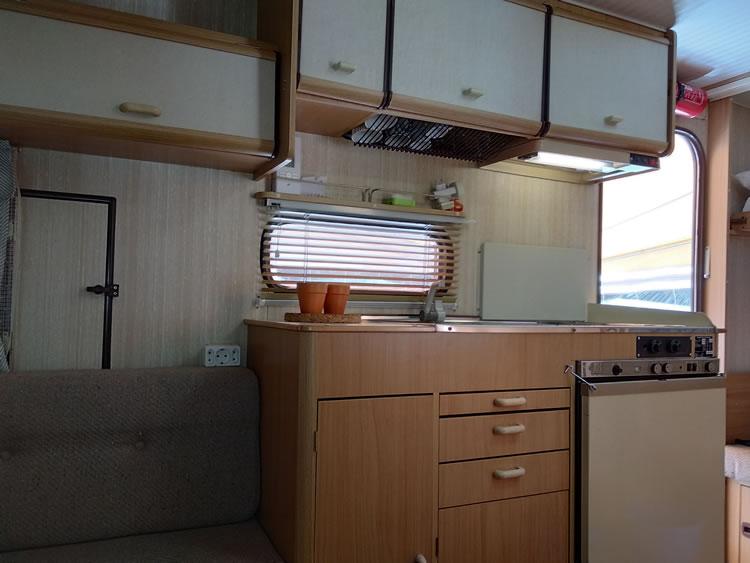 Caravane-2-4-camping-drome-5