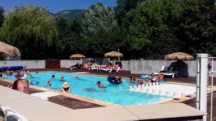 piscine-camping-drome-provencale